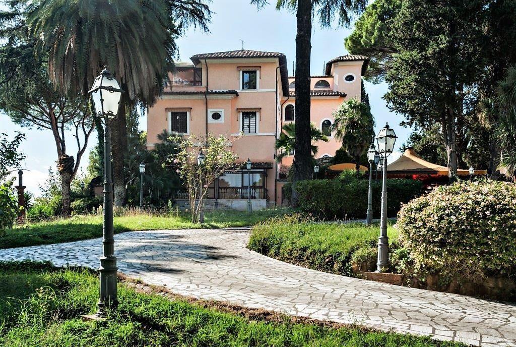Uno scorcio di Villa Balestra