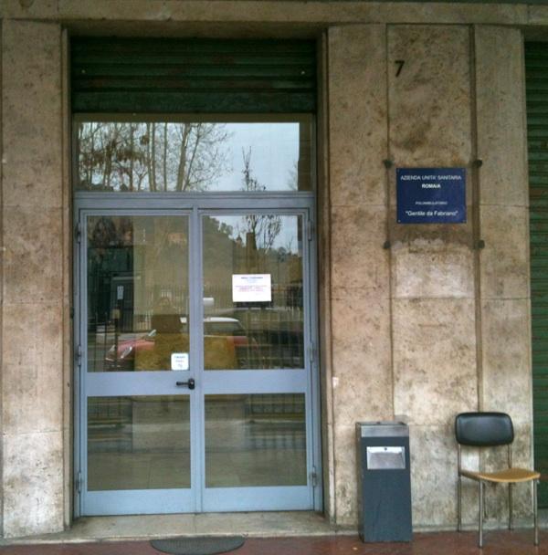 L'ex presidio Asl in piazza Gentile da Fabriano
