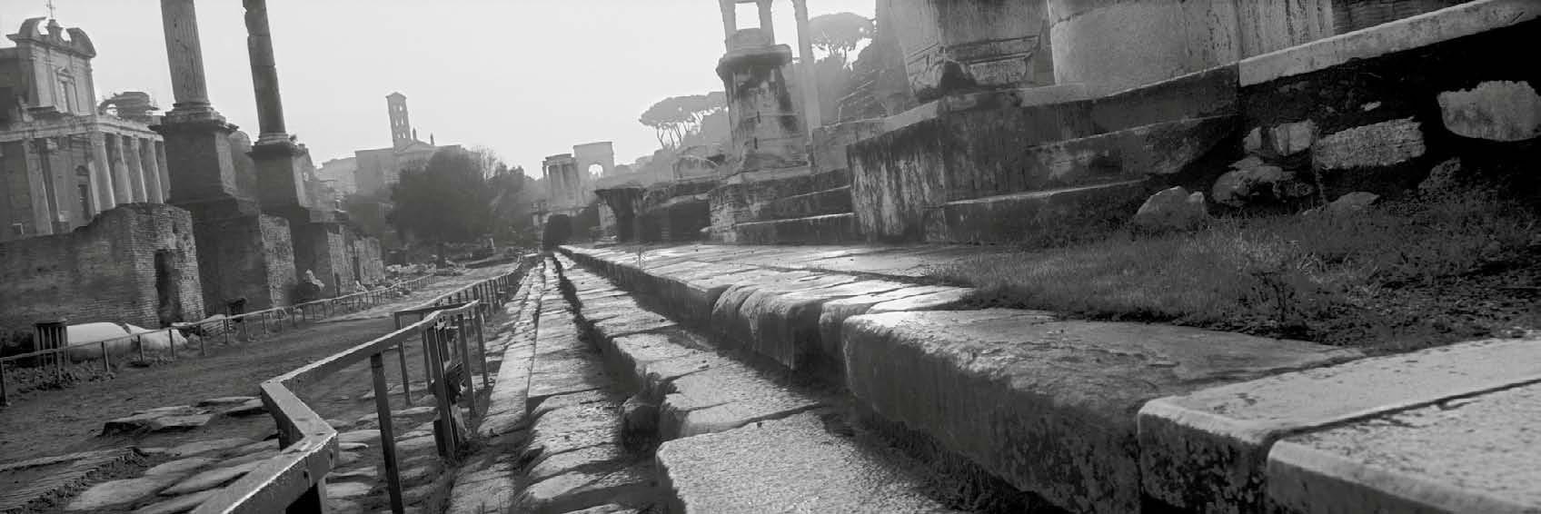 Roma, Italia, 2000. © Josef Koudelka Magnum Photos