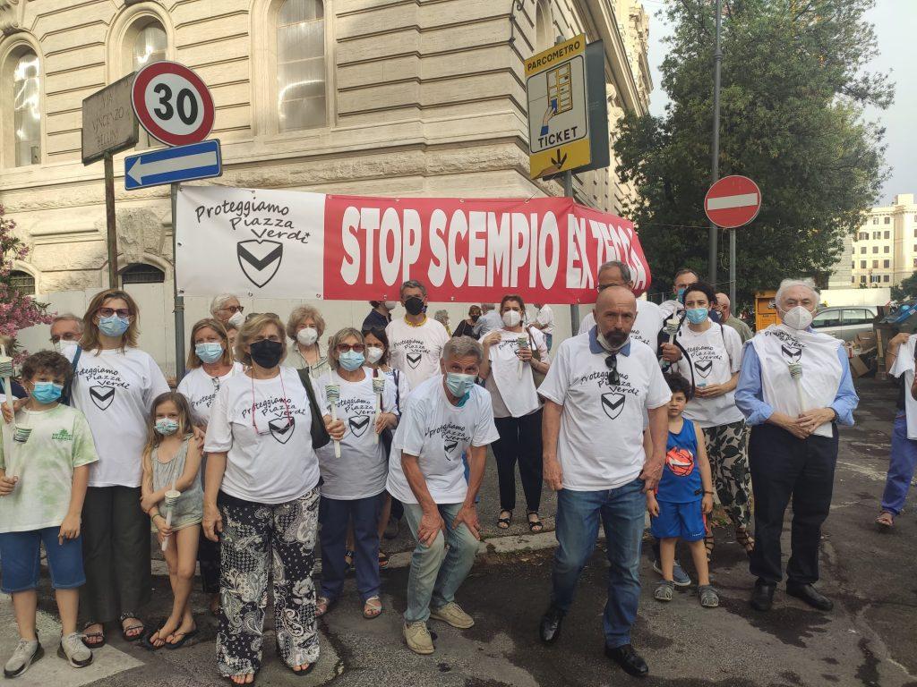 Foto dalla pagina Facebook Piazza Verdi Bene Comune