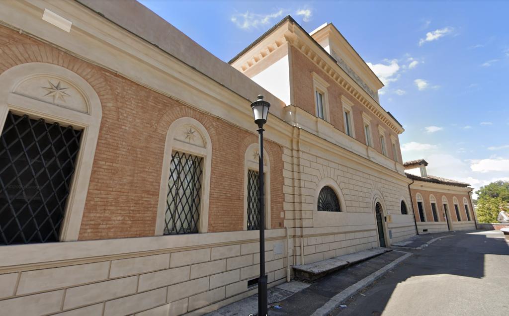 Lo stabile di viale Gabriele D'Annunzio 100