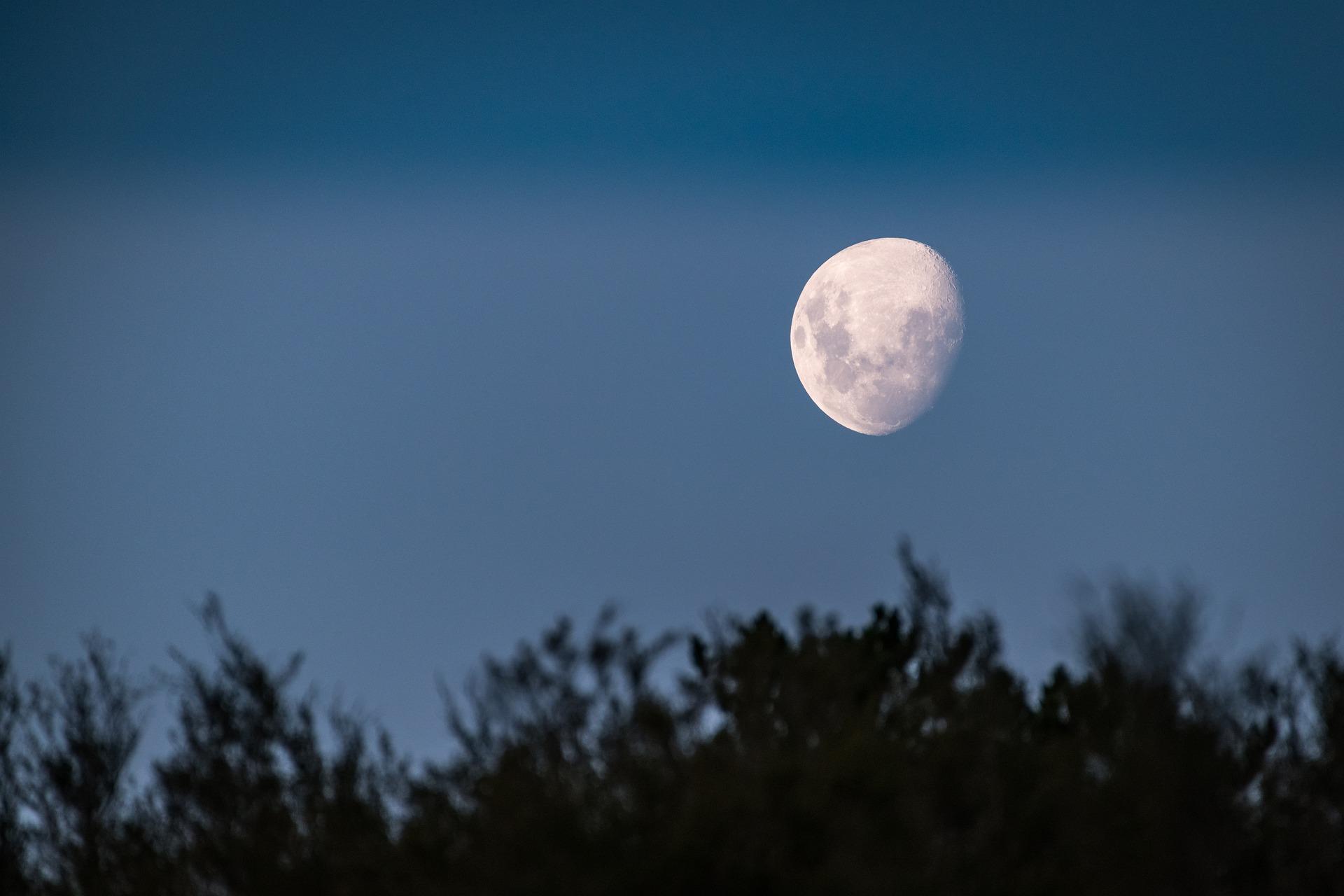 La luna sarà protagonista della serata del 26 settembre al parco delle Valli