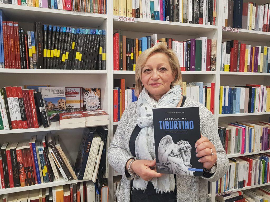 """La libraia Enza con """"La Storia del Tiburtino"""""""