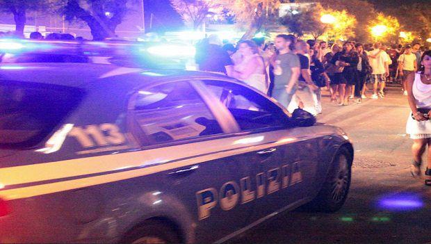 La polizia presidia i luoghi della movida romana