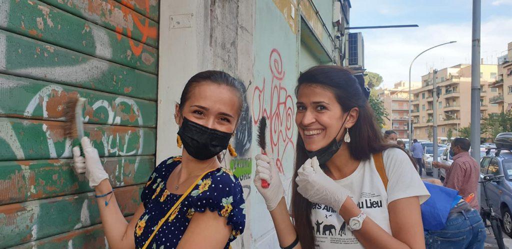 Leila e Sara Shirvani a vile Tirreno