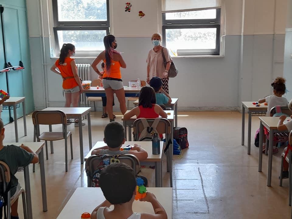 """L'assessora Romano in un'aula della """"De Gasperi"""""""