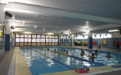 La piscina di via Gran Paradiso