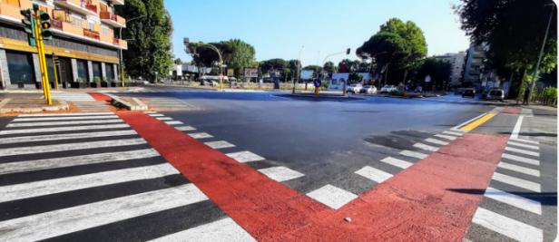 I nuovi attraversamenti ciclabili a piazza Primoli