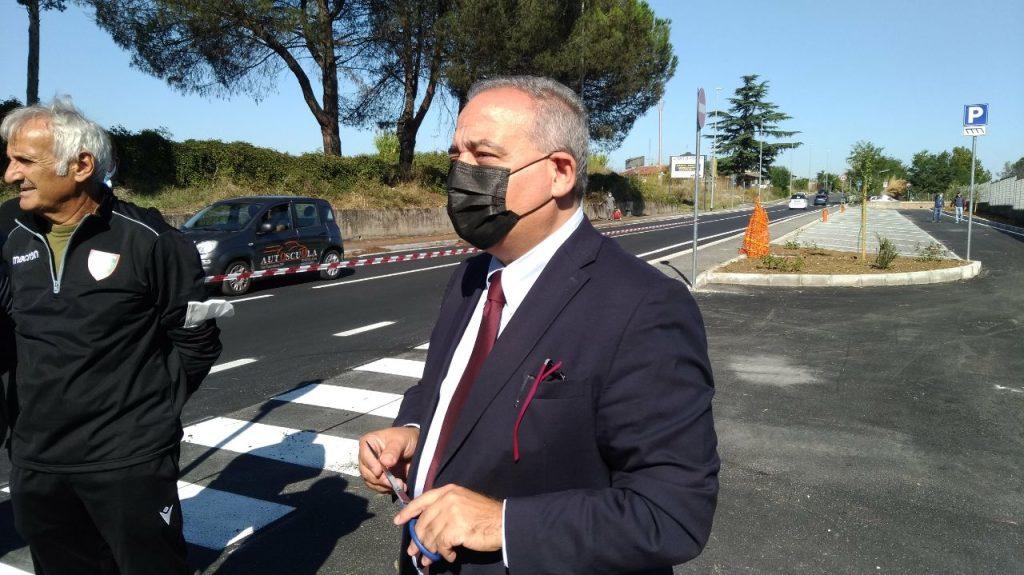 Il presidente Caudo inaugura il parcheggio di via Radicofani a Villa Spada