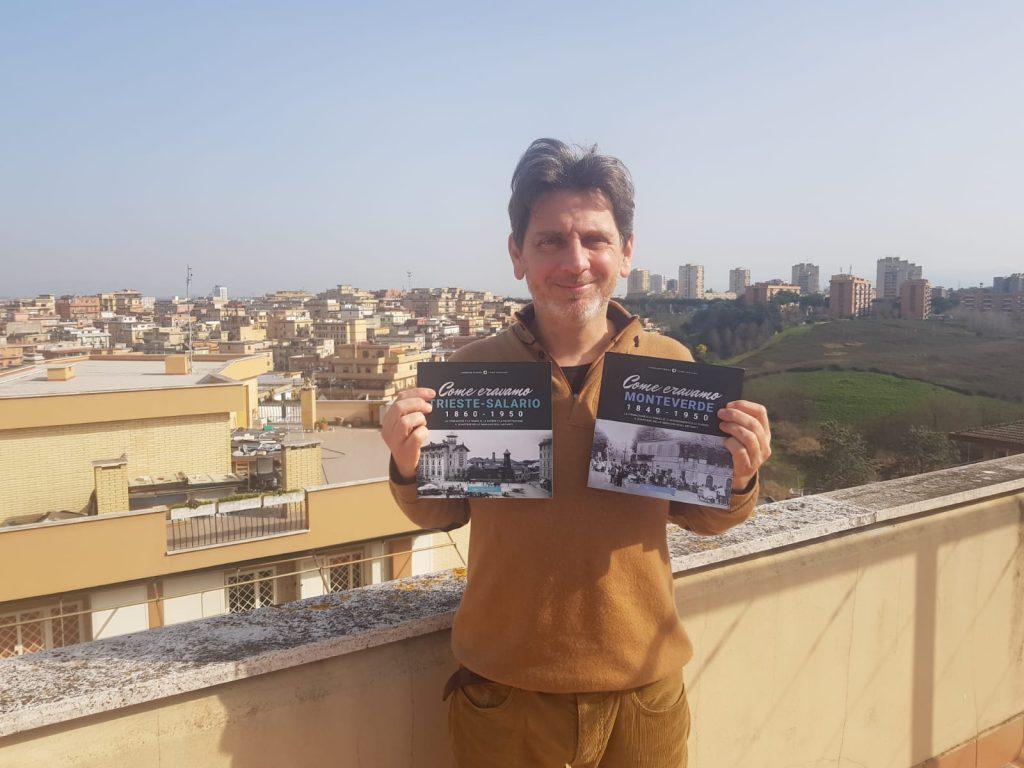 """Antonio Tiso con i volumi """"Come eravamo Trieste-Salario"""" e """"Come eravamo Monteverde"""" (Typimedia Editore)"""