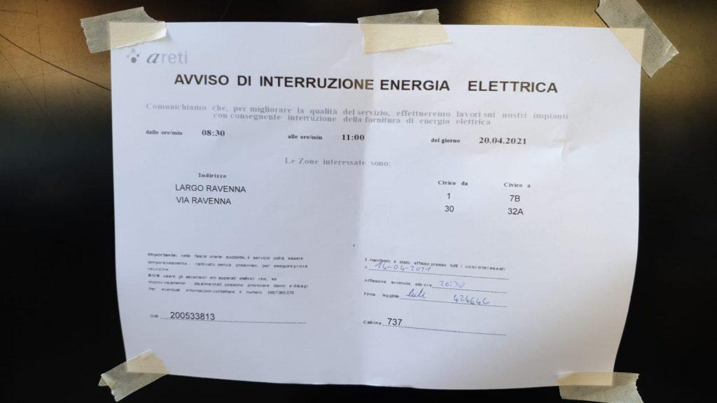Il cartello di avviso di interruzione dell'energia elettrica