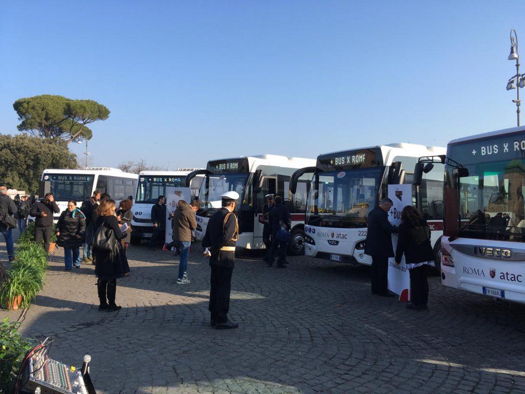 Atac Presentati I 38 Nuovi Bus Per Roma Ecco Quando