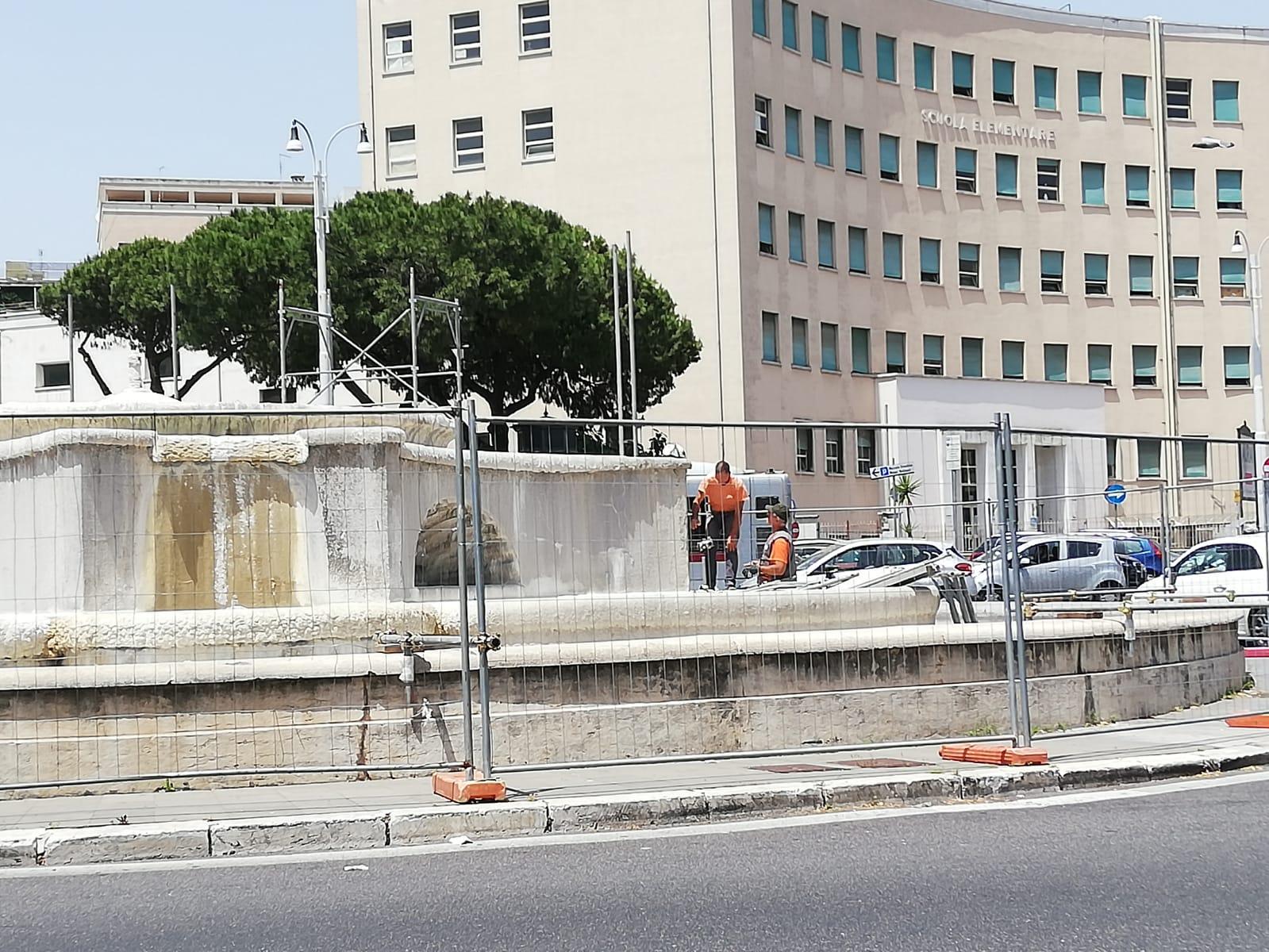 Via Acquedotto Del Peschiera.Piazzale Degli Eroi Sono Iniziati I Lavori Di Manutenzione