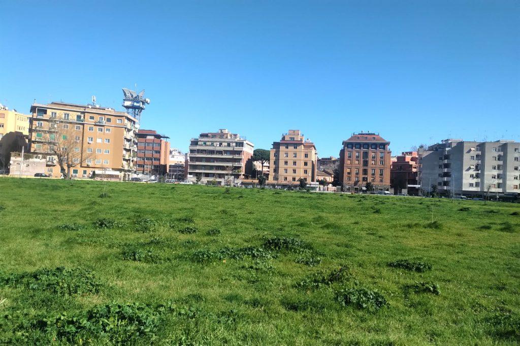 Una veduta del parco di via Teulada