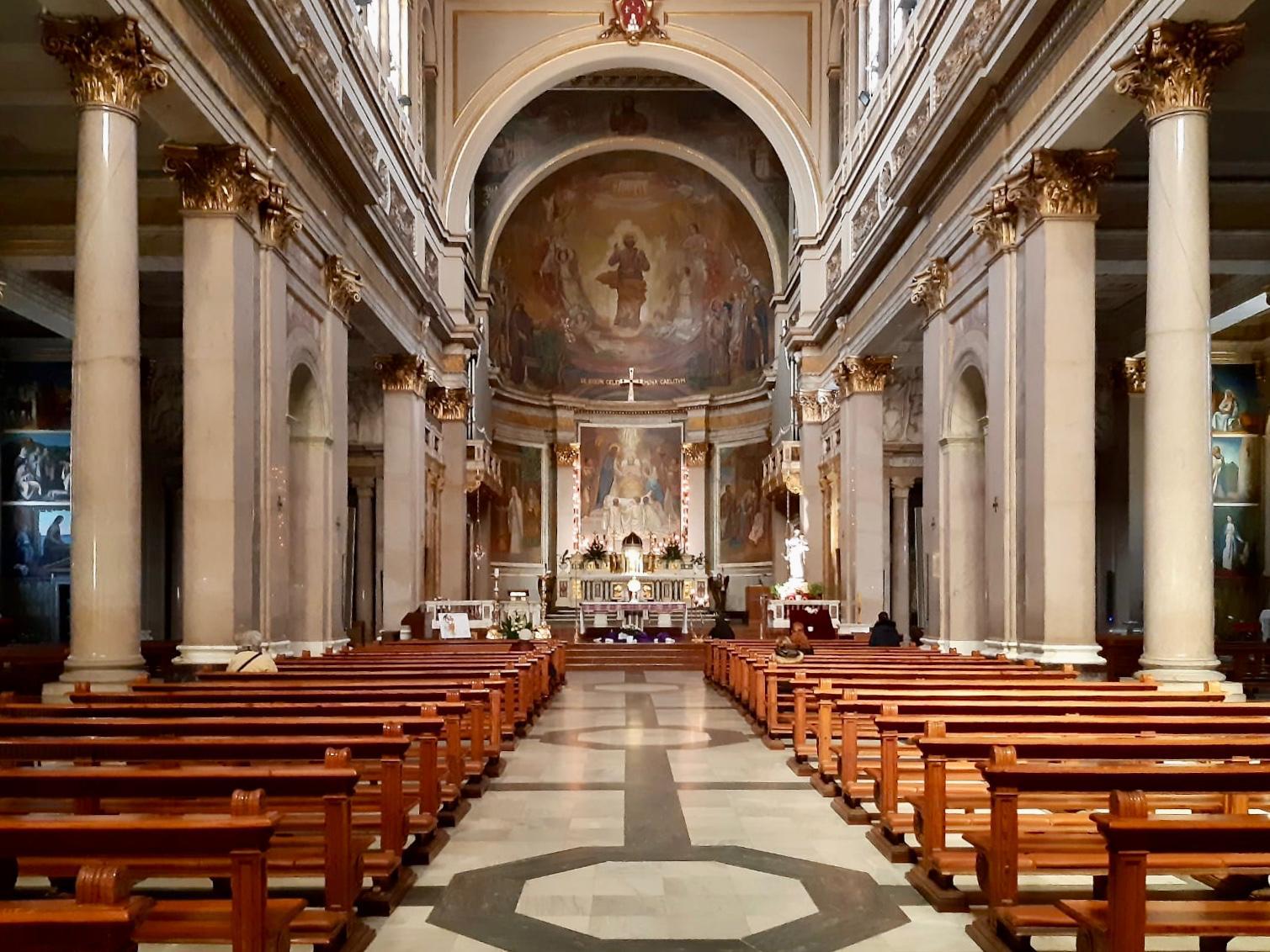 La navata centrale della basilica San Giuseppe al Trionfale