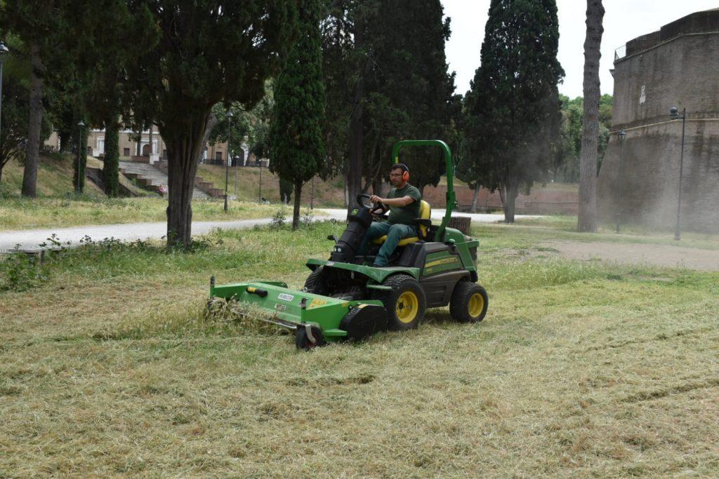 Lavori al parco di Castel Sant'Angelo