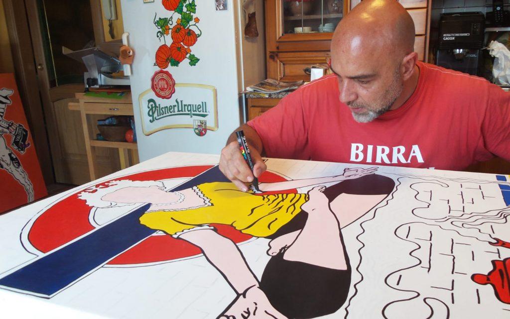 Mauro Pallotta all'opera nella sua casa di Borgo