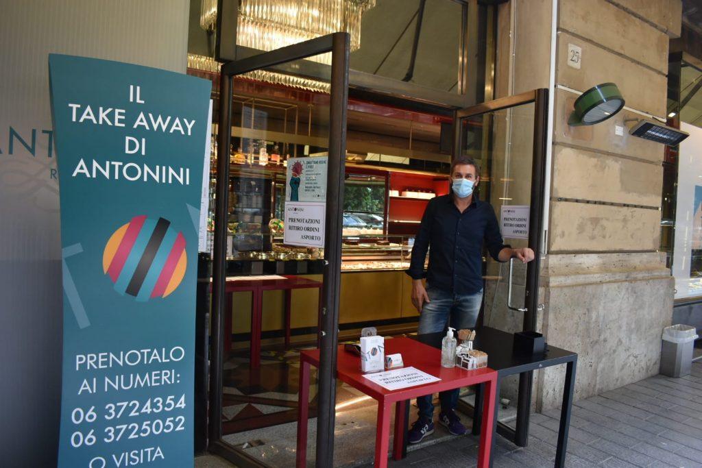 Maurizio Antonini, il proprietario del bar di via Sabotino