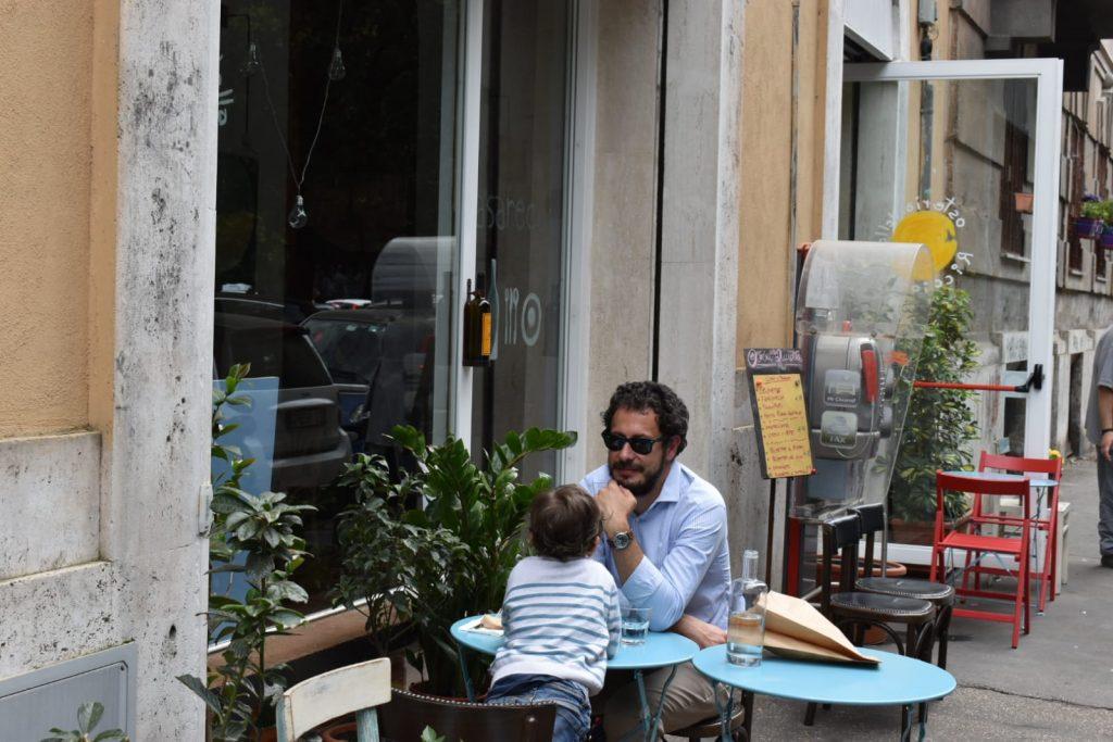 """Padre e figlio al ristorante """"Osteria della Ricciotta"""""""