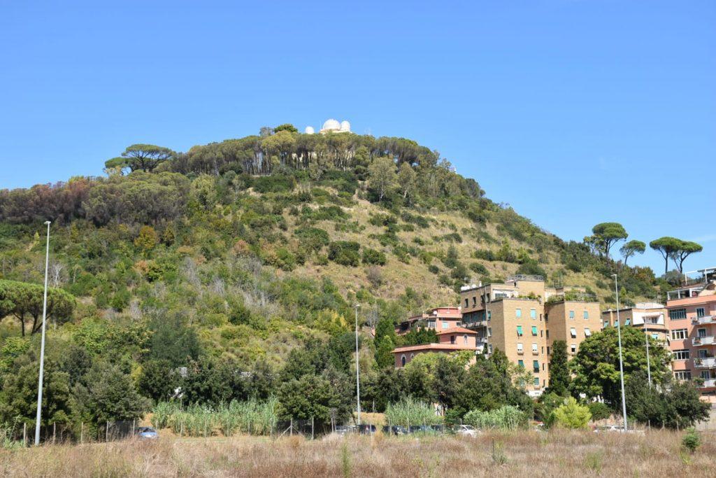 Monte Mario visto dall'area verde di via Teulada