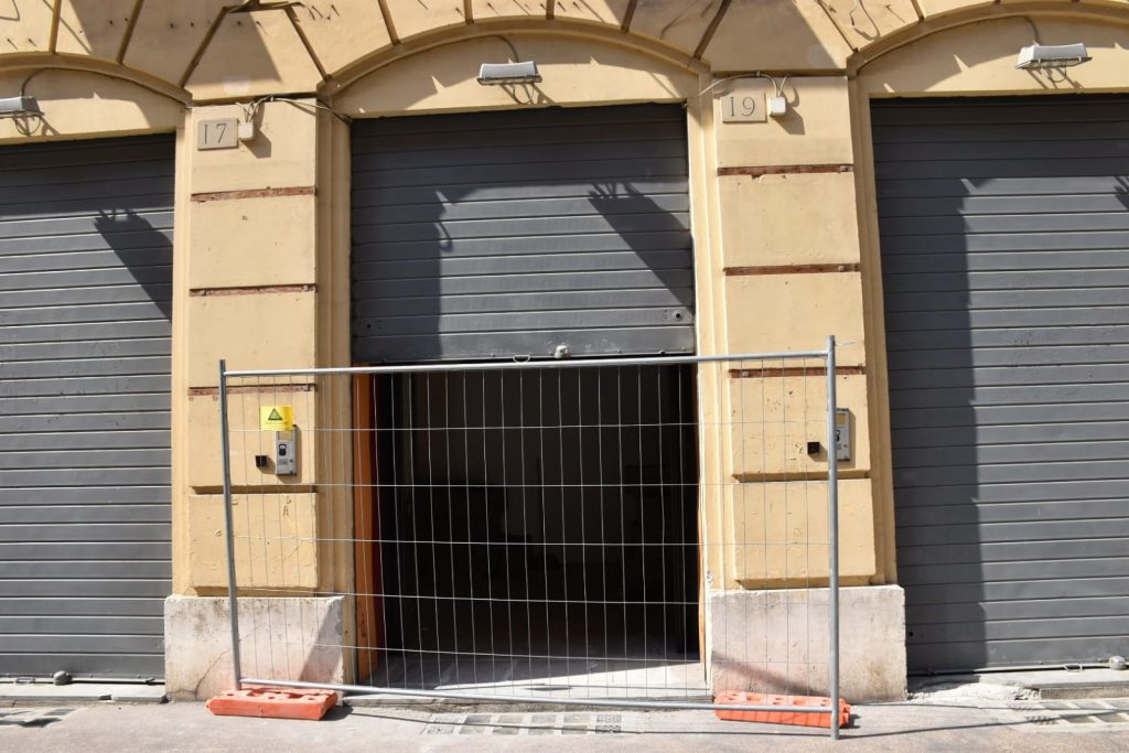 L'ex Teatro dell'Angelo in via Simone de Saint Bon