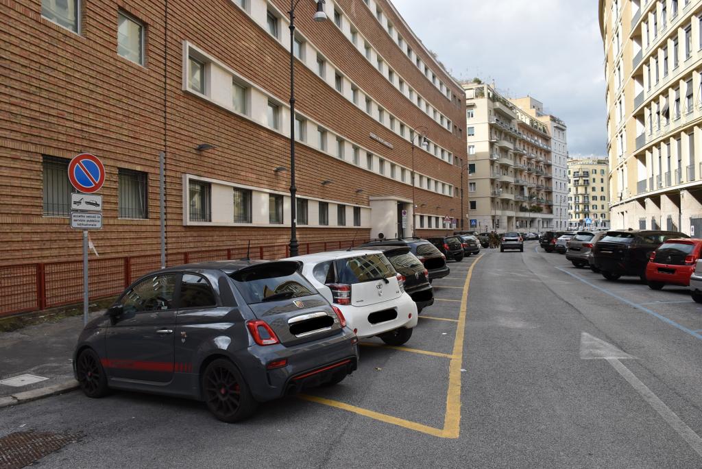 I parcheggi della Corte dei conti in via Biamonti