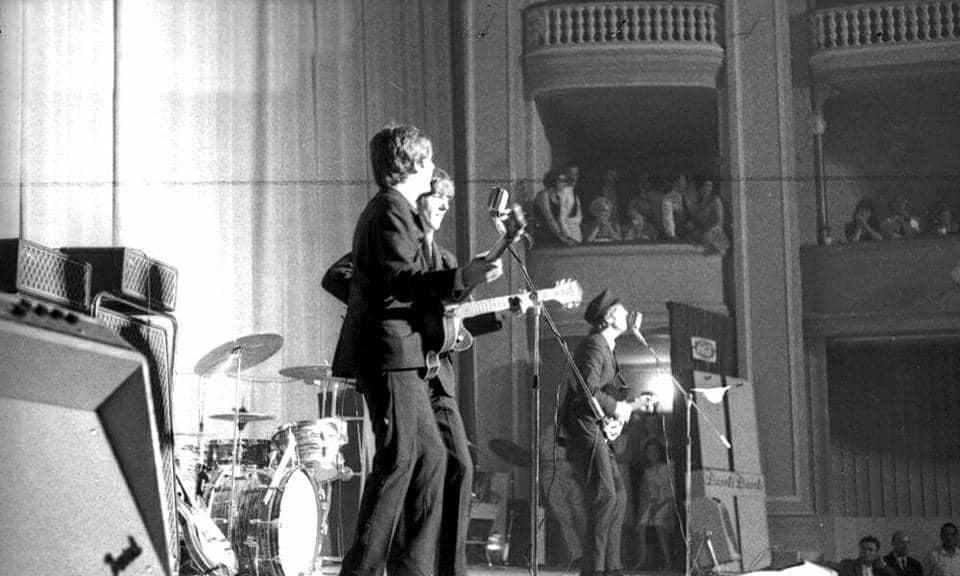 """I Beatles al Teatro Adriano. Foto dal gruppo Facebook """"Sei di Prati se..."""""""