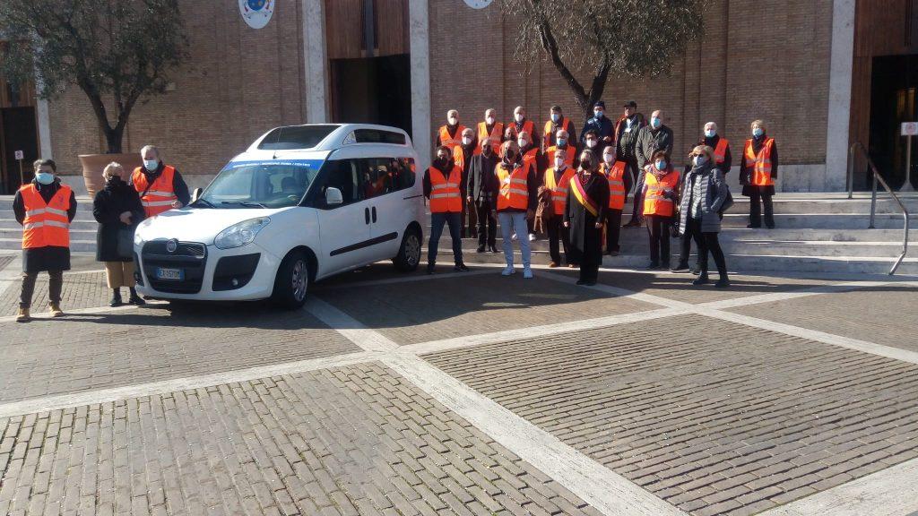 Volontari dell'associazione Frà Albenzio