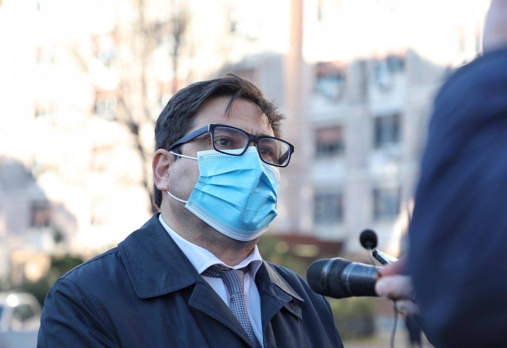 L'assessore Alessio D'Amato