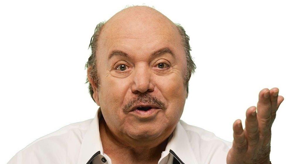 """Lino Banfi (foto """"Orecchietteria Banfi"""")"""