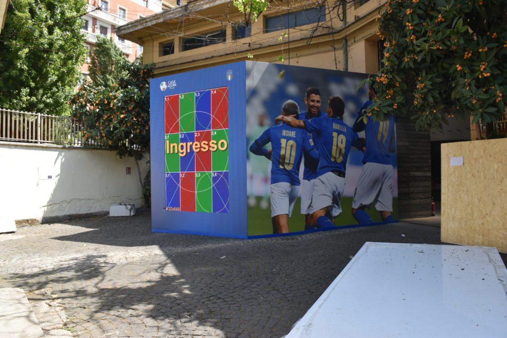 L'ingresso di Casa Azzurri