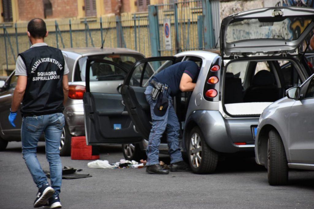 Polizia sul posto in via Tito Speri