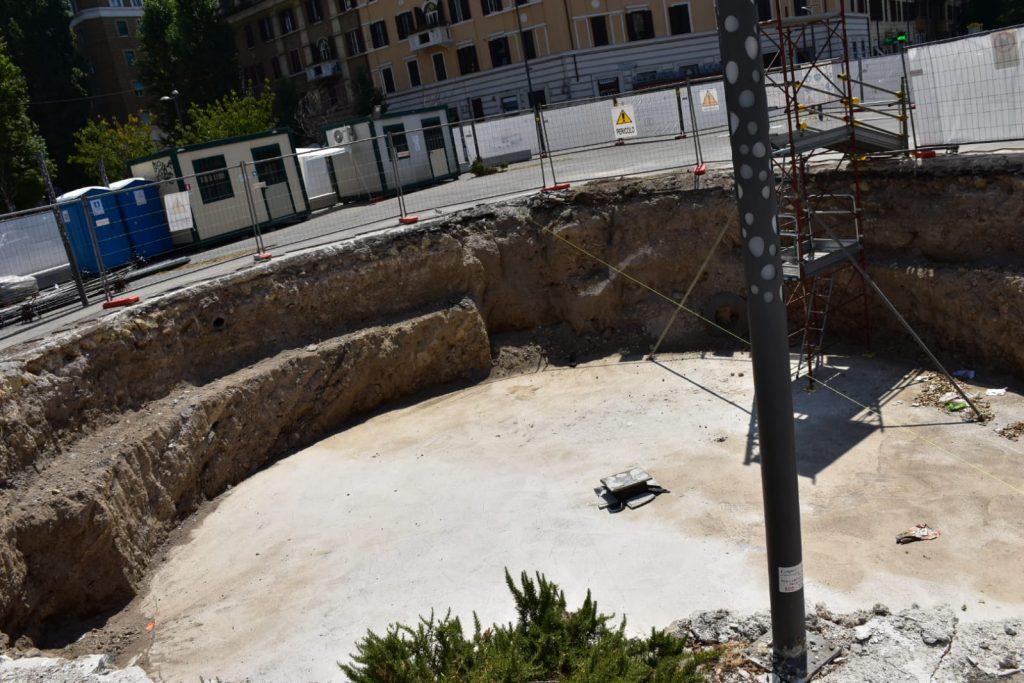 Lo scavo della fontana