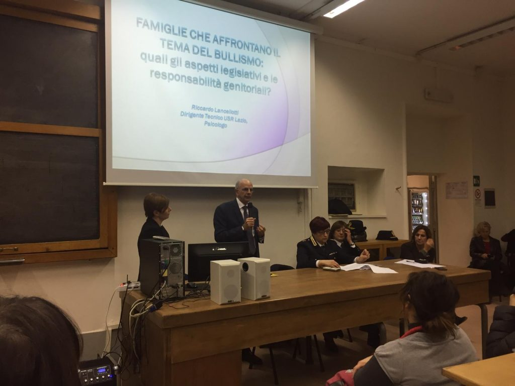Conferenza sul bullismo al Giulio Cesare