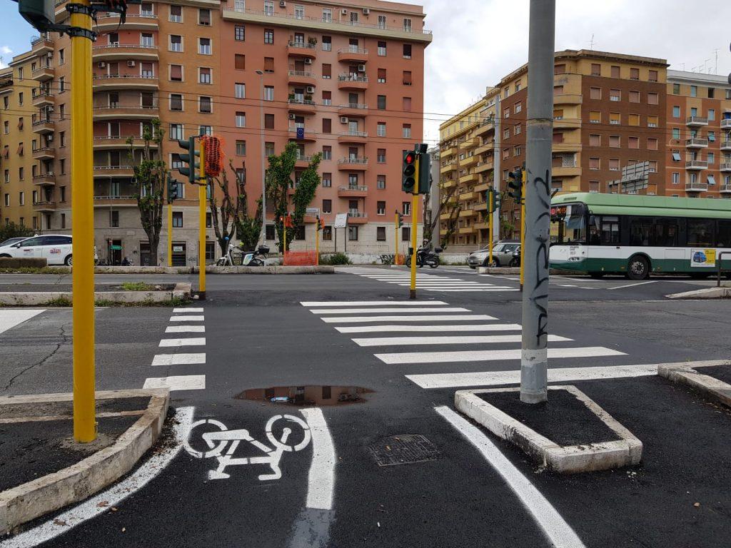 Il cantiere si sposta oltre il quartiere, in direzione di via Val d'Arno