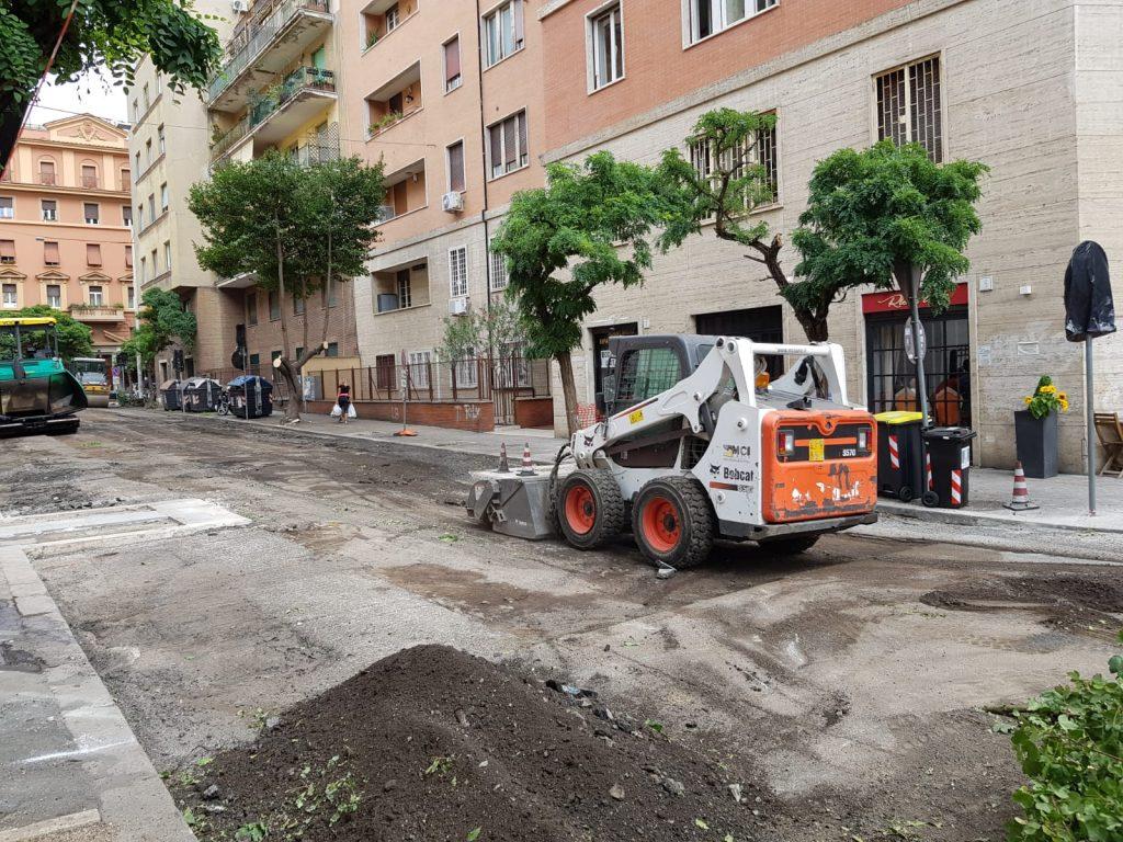 I lavori in corso lungo via Clisio