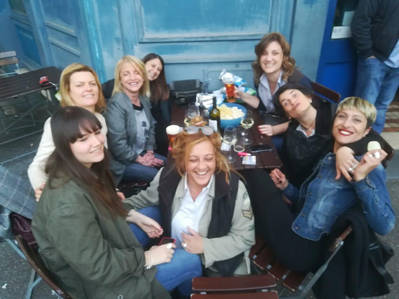 Le donne dell'Excalibur Pub