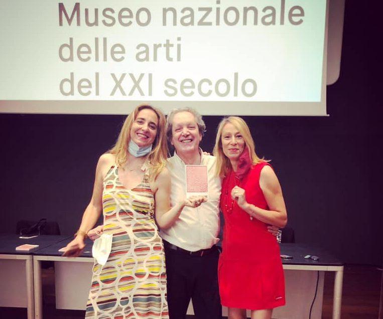 Da sinistra: Eugenia Romanelli, Ernesto Assante e Annalisa Nicastro alla presentazione di ReWriters