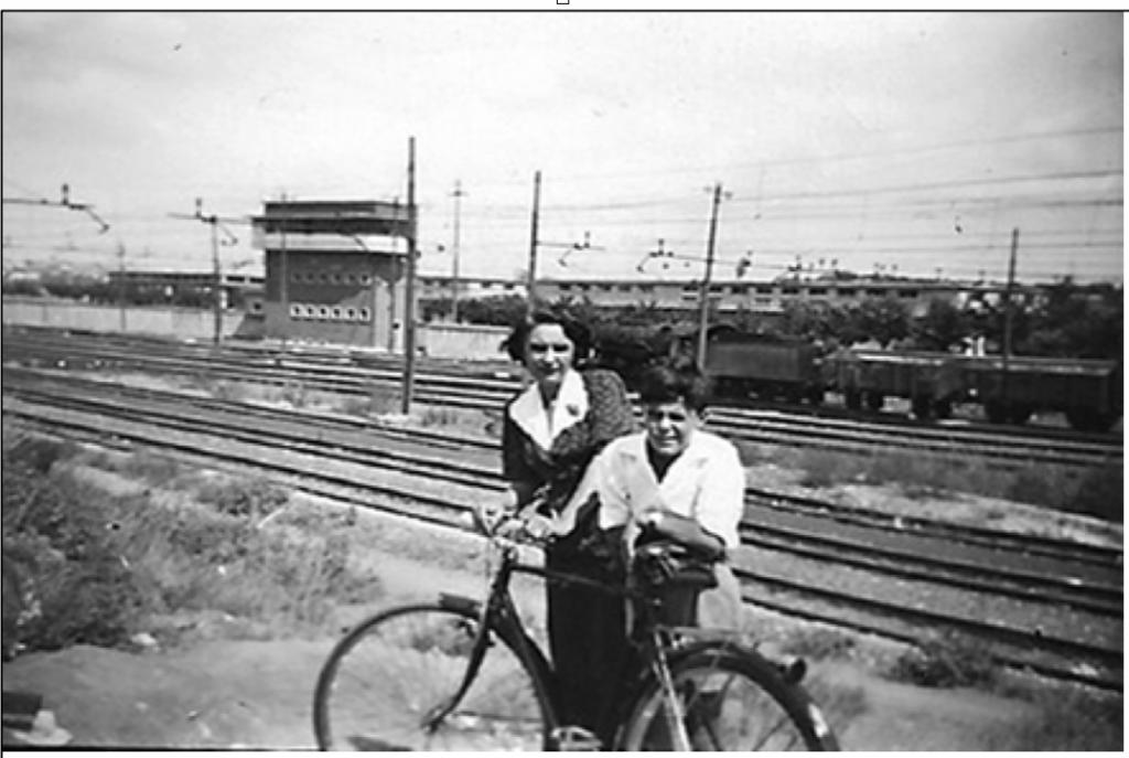 Foto del prato che era in fondo a via Livorno (settembre 1952)